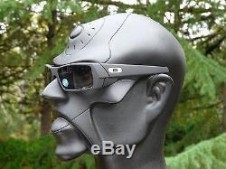cerakote oakley gascan g486  OAKLEY SI CERAKOTE GASCAN Sunglasses Graphite Black / Grey Polarized 357