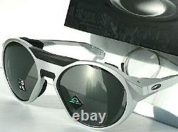 NEW Oakley CLIFDEN X Silver Round Frame PRIZM Black Sunglass oo9440-13