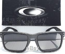 NEW Oakley HOLBROOK CARBON Lead Steel w POLARIZED Grey Sunglass oo9102