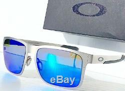 NEW Oakley HOLBROOK METAL Matte Silver w POLARIZED Galaxy Blue Sunglass oo4123