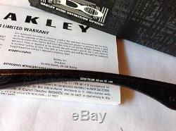 NEW Oakley Polarized Garage Rock Blk/Silver Ghost Text Grey Polarized, OO9175-28
