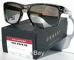 NEW Oakley SLIVER Smoke Grey POLARIZED Chrome Iridium Sunglass oo9262-13