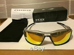 NEW Oakley Triggerman Sunglasses, Silver / Fire Iridium, OO9266-08