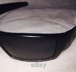 New Oakley Gascan 03-473 Matte Black Frame with Grey Lens Mens Sunglasses NIB Gray