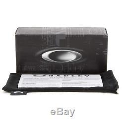 New Oakley OO9239-12 Crankshaft Sunglasses Matte Black Frame Grey Iridium Lens