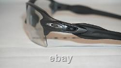 OAKLEY FLAK 2.0 XL Sunglasses OO9188-16 Steel COLOR With Clear Black PHOTOCHROMIC