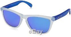OO9013-B255 Mens Oakley Frogskins Sunglasses Matte Clear Sapphire Iridium