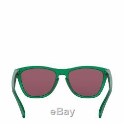 OO9013-C655 Mens Oakley Frogskins Sunglasses Gamma Green/Prizm Jade