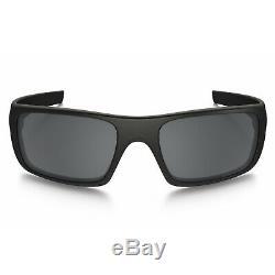 Oakley Crankshaft Polarized Sunglasses 60mm (Matte Black / Black Iridium)