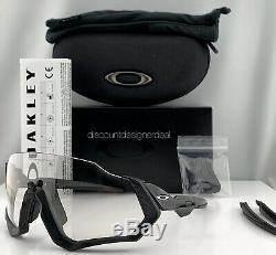 Oakley Flight Jacket Sunglasses OO9401-07 Black Clear To Black Photochromatic