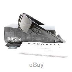 Oakley Fuel Cell OO 9096-01 Polished Black/Warm Grey Men's Sport Sunglasses