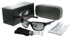 Oakley Jupiter Carbon OO9220-01 Polished Black Mens Polarized Sunglasses