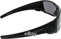 Oakley Men's Mirrored Fuel Cell OO9096-01 Black Rectangle Sunglasses