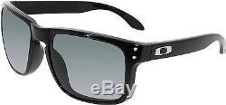 Oakley Men's Polarized Holbrook OO9102-02 Black Square Sunglasses