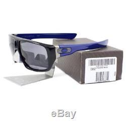 Oakley OO 9090-13 DISPATCH Polished Black Frame Grey Lens Mens Sunglasses