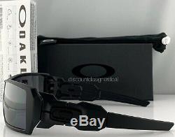 Oakley Oil Rig Sunglasses OO9081 Matte Black Silver Iridium Mirrored 03-464