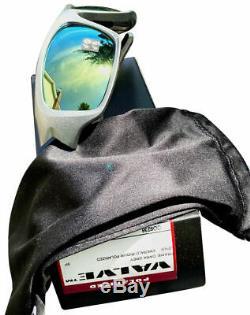 Oakley Sunglasses Valve OO9236-11 Dark Grey Emerald Iridium Polarized